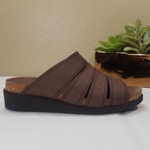 HIGH SIERRA brown leather sandals